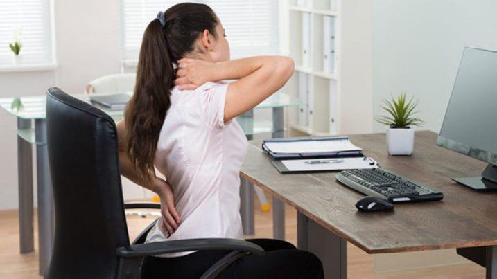 stretching collo spalle braccia