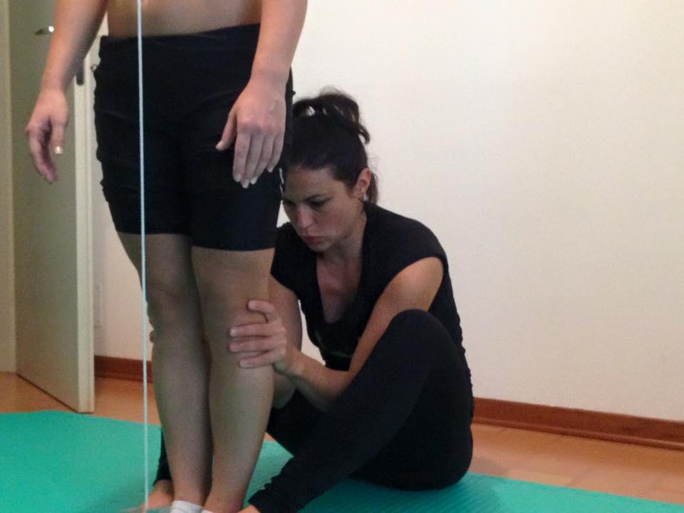 ginnastica correttiva per ginocchia storte